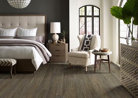 Vinyl flooring by Shaw in Columbus, Ohio
