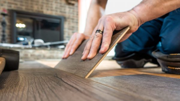 Flooring installation contractors available in Columbus, OH