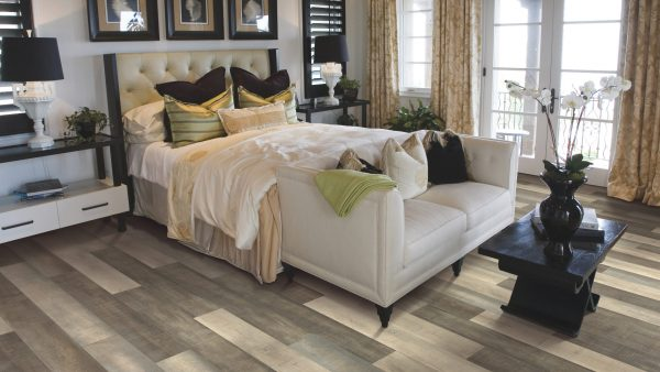 Laminate flooring options near me in Columbus Ohio
